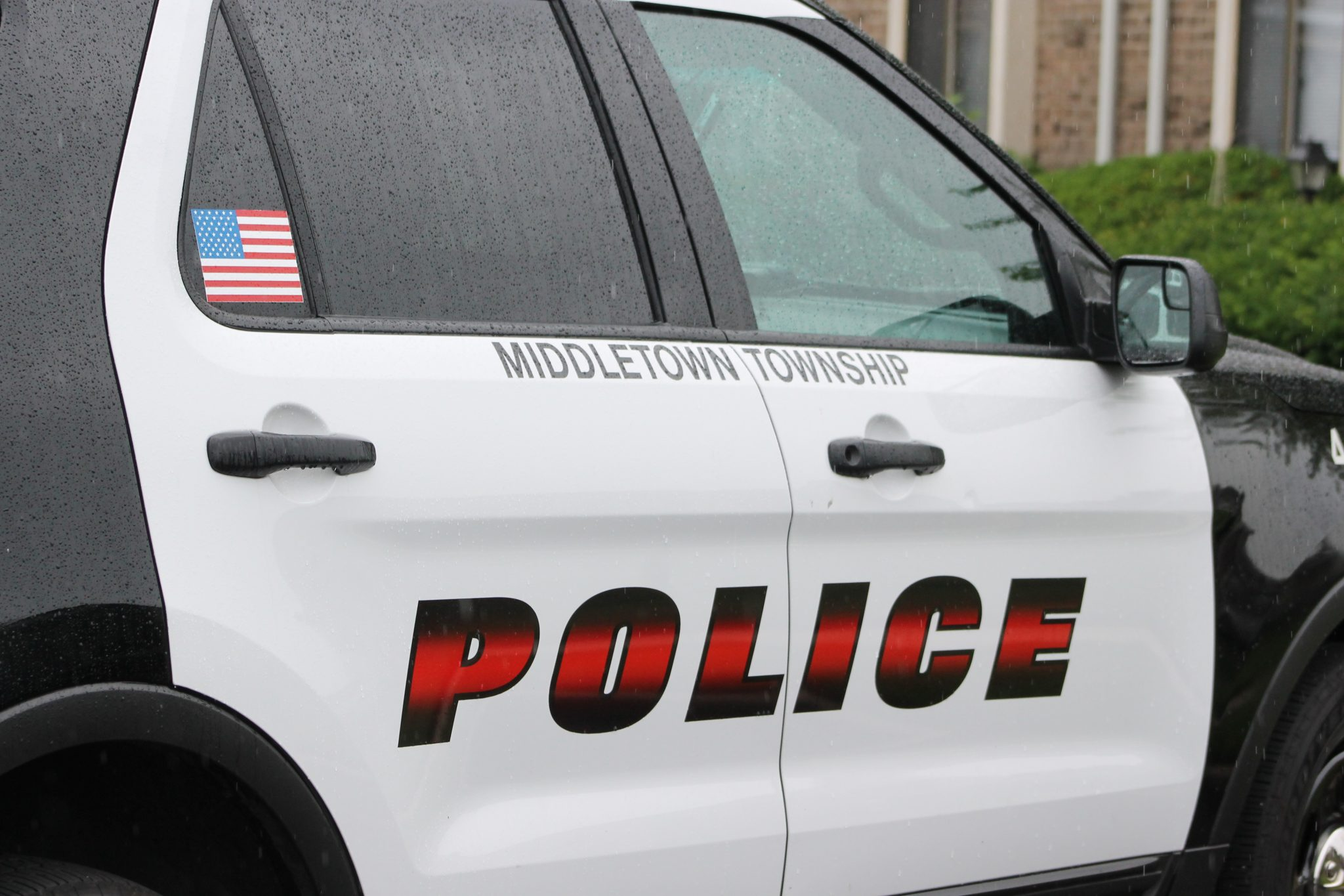 Police Log: Women Run From Store In Mall, Theft From Wallet & More