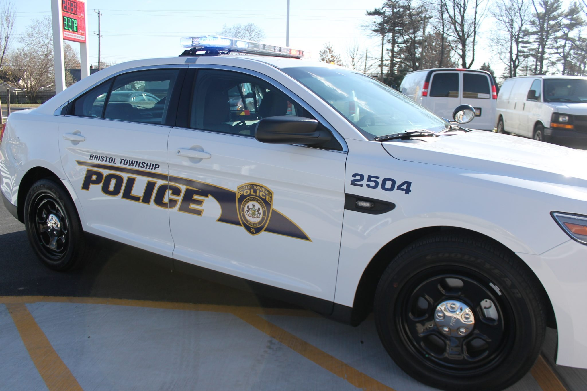 Police Log: Coach Bag Taken, Wanted Subjects Arrested & More