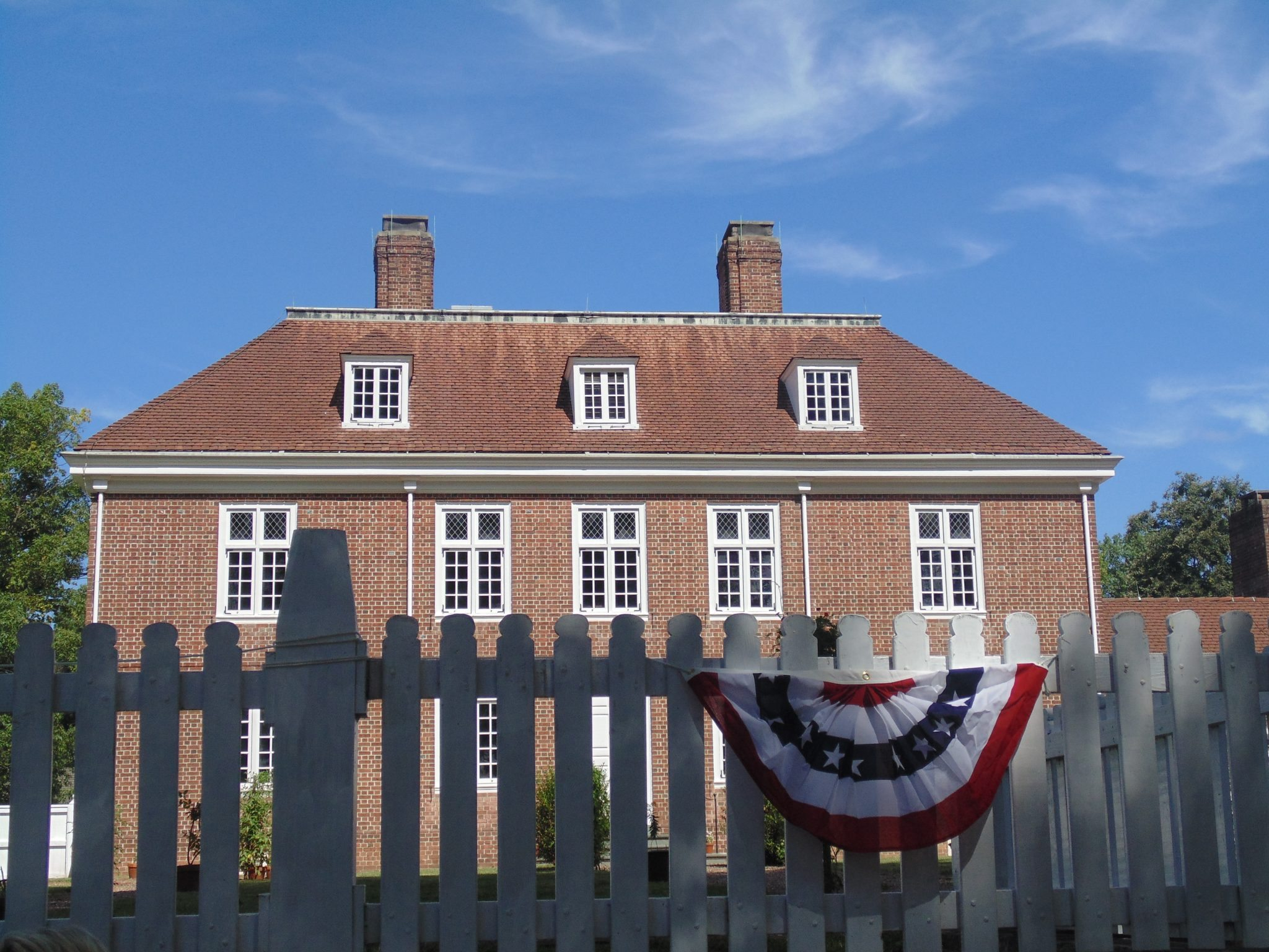 '100,000 Welcomes' Issued During Pennsbury Manor's Naturalization Ceremony